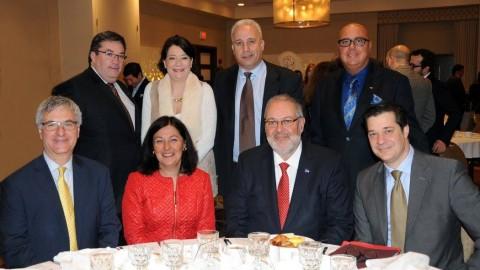 Photos :  Déjeuner-conférence avec Pierre Arcand à l'Hôtel Ruby Foo's